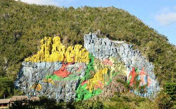 El Mural de la Prehistoria
