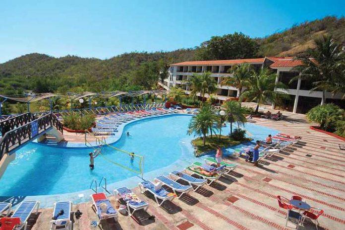 El Hotel Club Amigo Marea del Portillo de categoría 3 estrellas