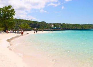Playa Guardalava Holguin Cuba