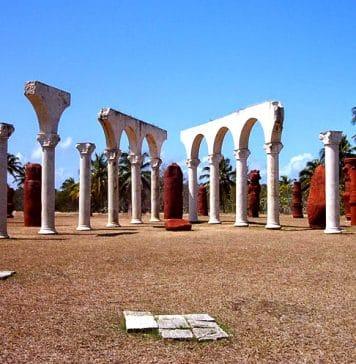 Se entra al Parque Nacional Monumento Bariay por el fortín español, pequeña construcción aparecida durante la Guerra de Independencia de Cuba (1895-1898),