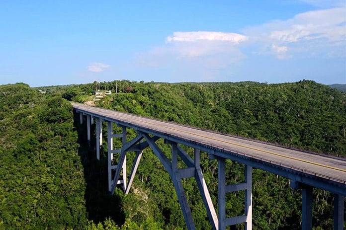 El Puente de Bacunayagua